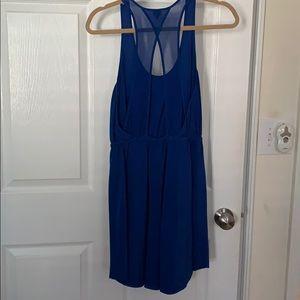 Aritzia Dresses - MAKE AN OFFER 💯 silk blue dress w/fun back cutout